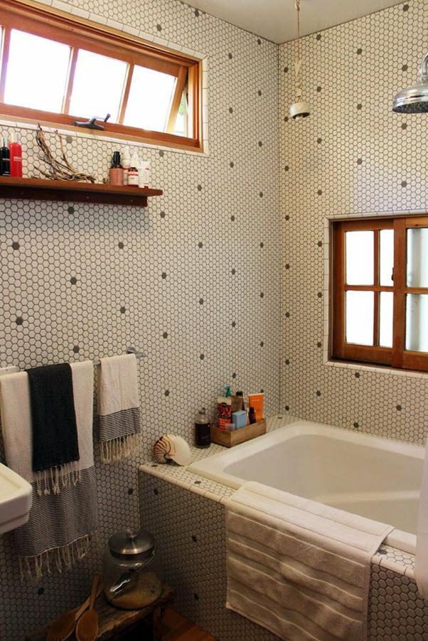 white_hexagon_bathroom_tile_32