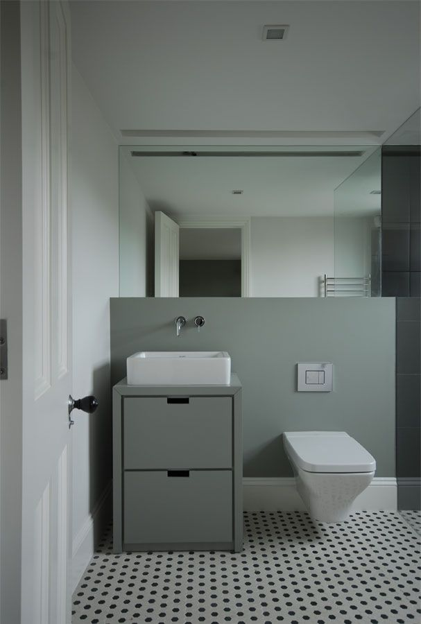 white_hexagon_bathroom_tile_33
