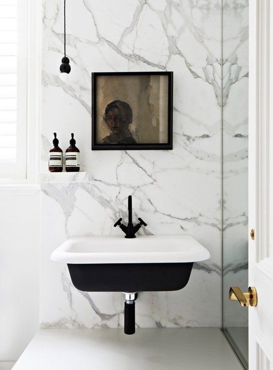 white_marble_bathroom_tile_1