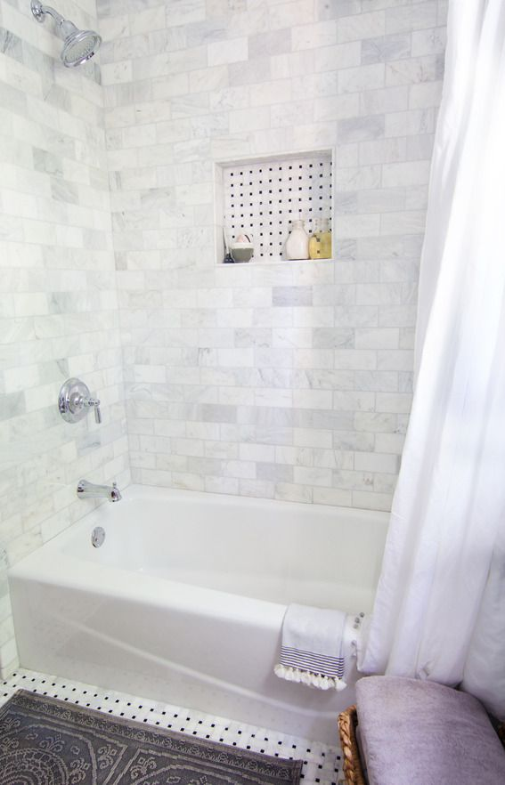 white_marble_bathroom_tile_33
