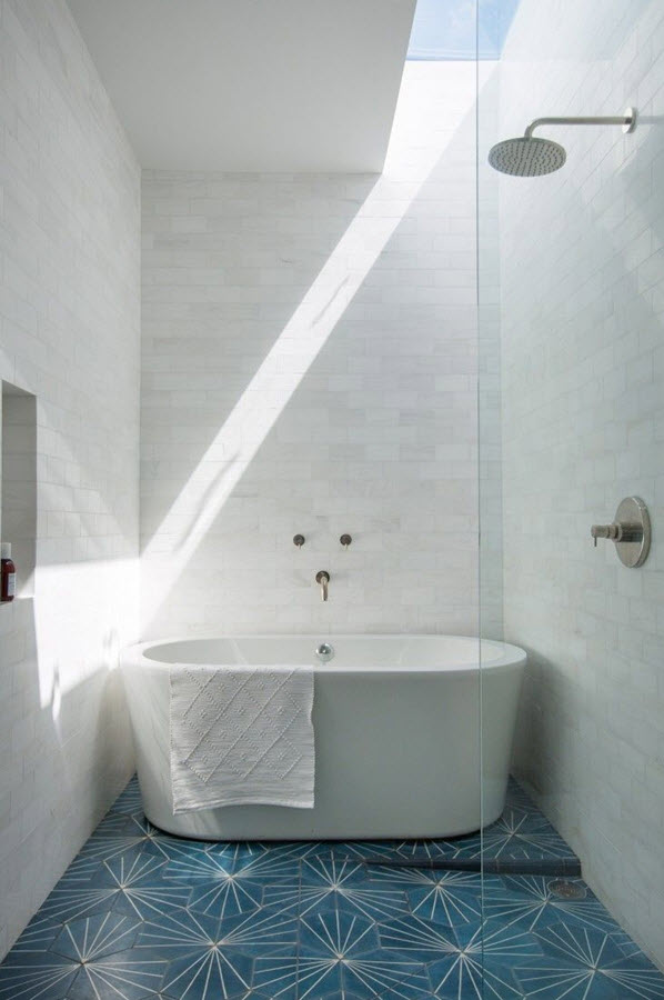 white_marble_bathroom_wall_tiles_24