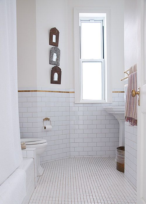 white_mosaic_bathroom_floor_tile_14