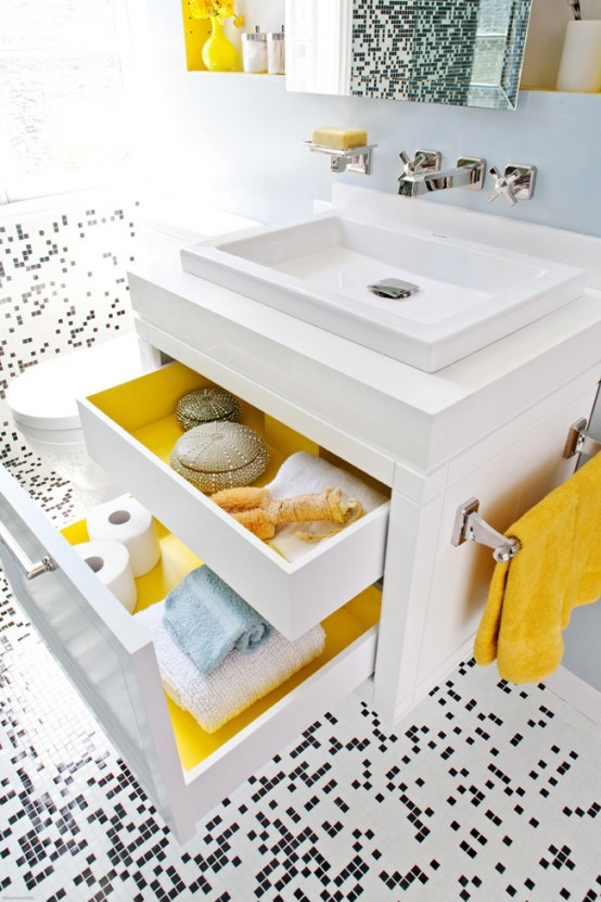 white_mosaic_bathroom_floor_tile_17