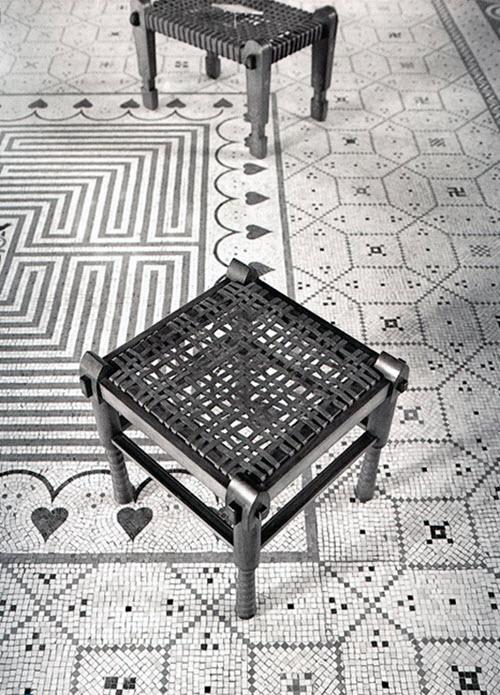 white_mosaic_bathroom_floor_tile_22