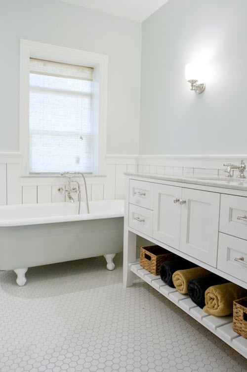 white_mosaic_bathroom_floor_tile_35