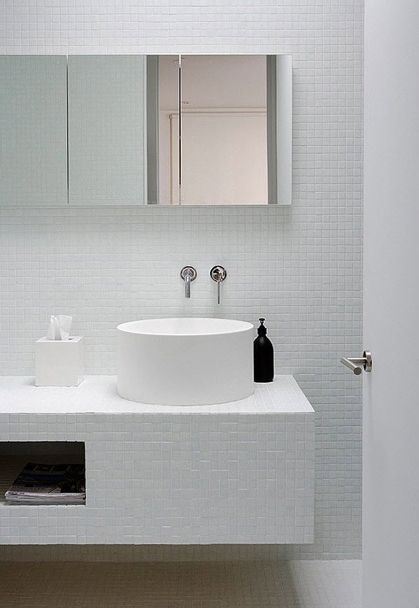 white_mosaic_bathroom_tile_12