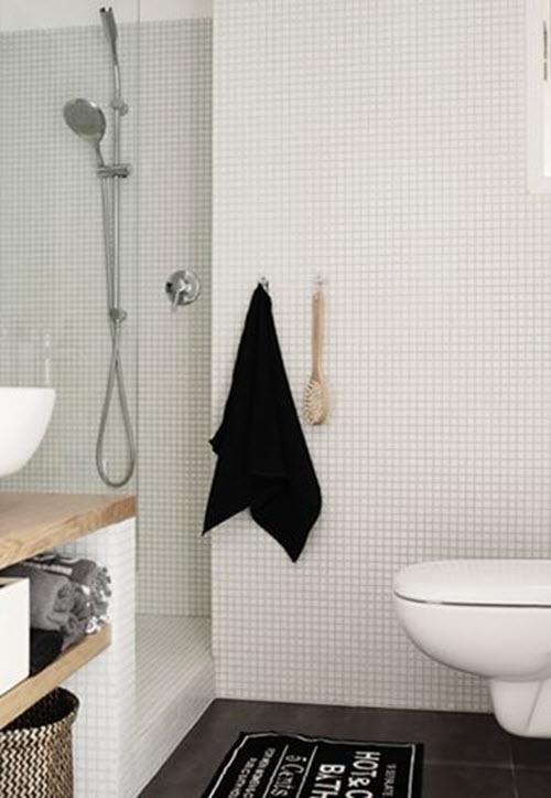 white_mosaic_bathroom_tile_13