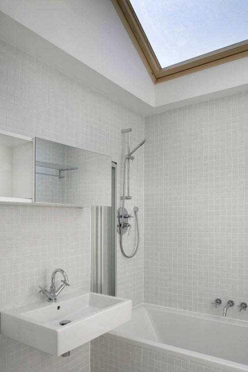 white_mosaic_bathroom_tile_17