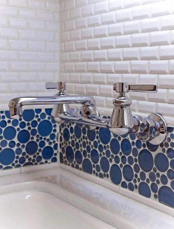 white_mosaic_bathroom_tile_19
