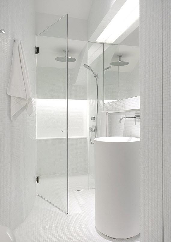 white_mosaic_bathroom_tile_29
