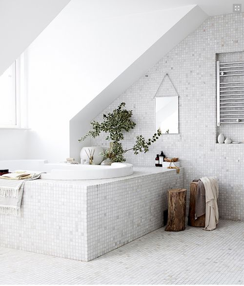28 White Mosaic Bathroom Tile Ideas And Pictures 2019