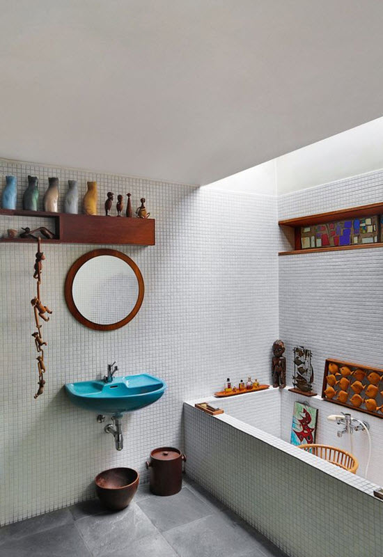 white_mosaic_bathroom_tile_34