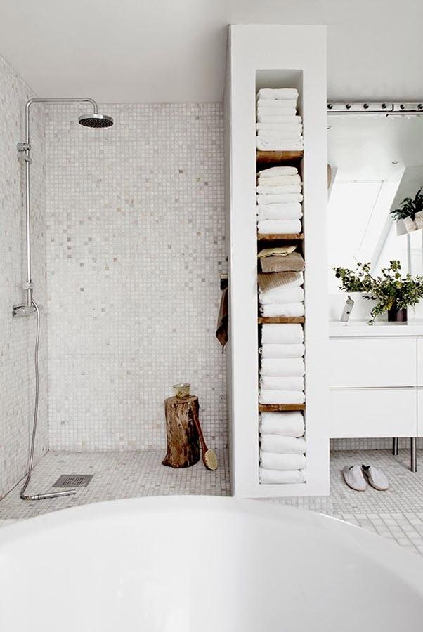 white_mosaic_bathroom_tile_4