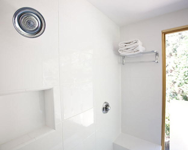 white_porcelain_bathroom_tile_23