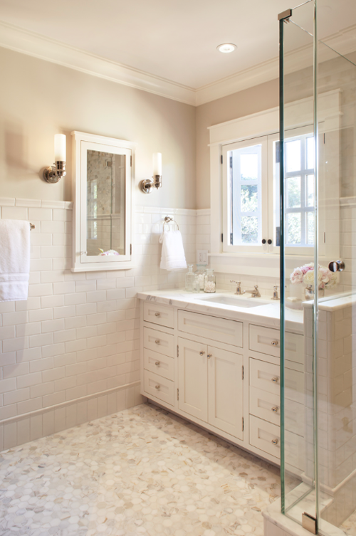white_porcelain_bathroom_tile_5