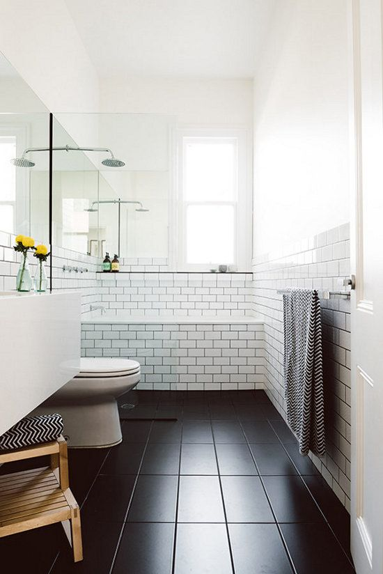 Cool 35 Small White Bathroom Tiles Ideas And Pictures