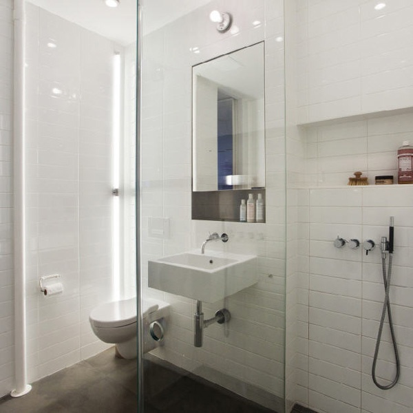 white_rectangular_bathroom_tiles_18