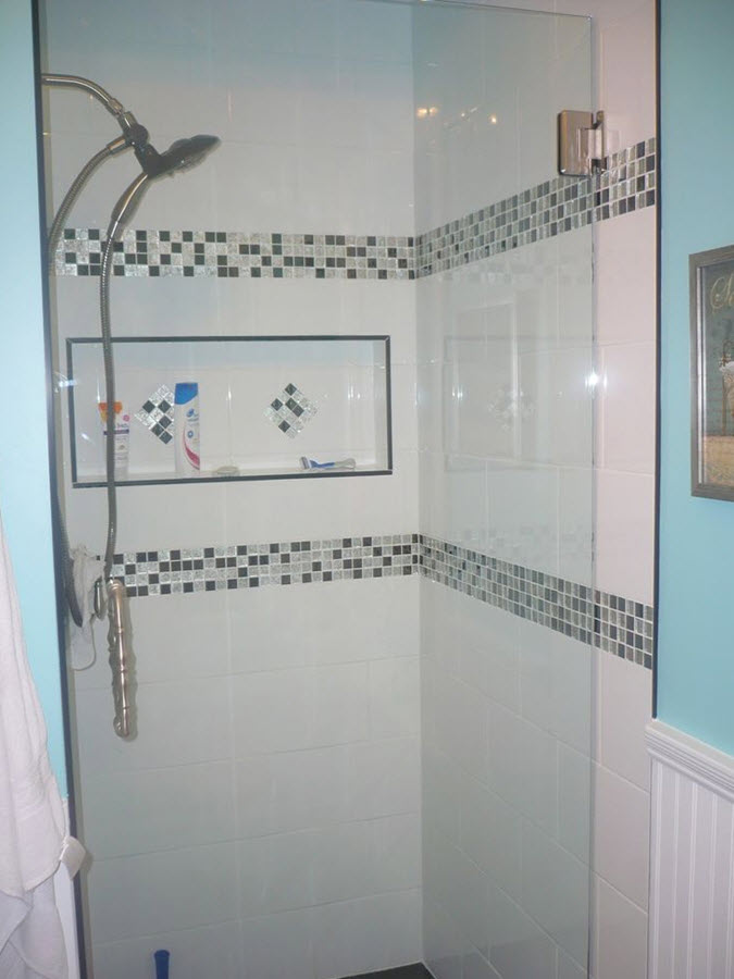 white_rectangular_bathroom_tiles_25