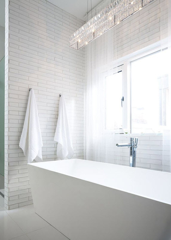 white_rectangular_bathroom_tiles_27