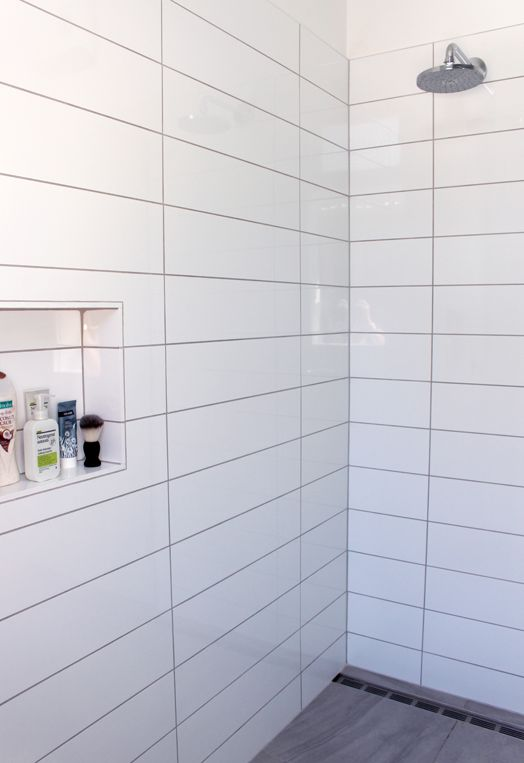 white_rectangular_bathroom_tiles_3