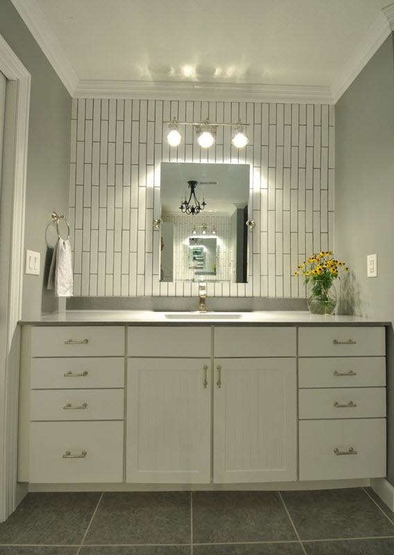 white_rectangular_bathroom_tiles_31