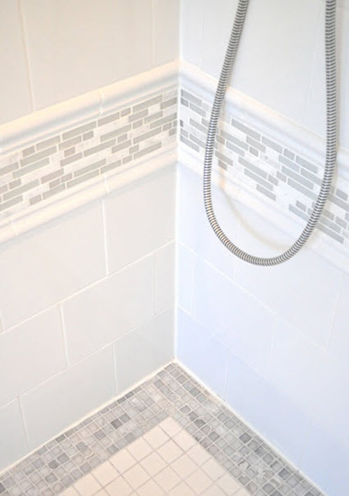 white_rectangular_bathroom_tiles_6