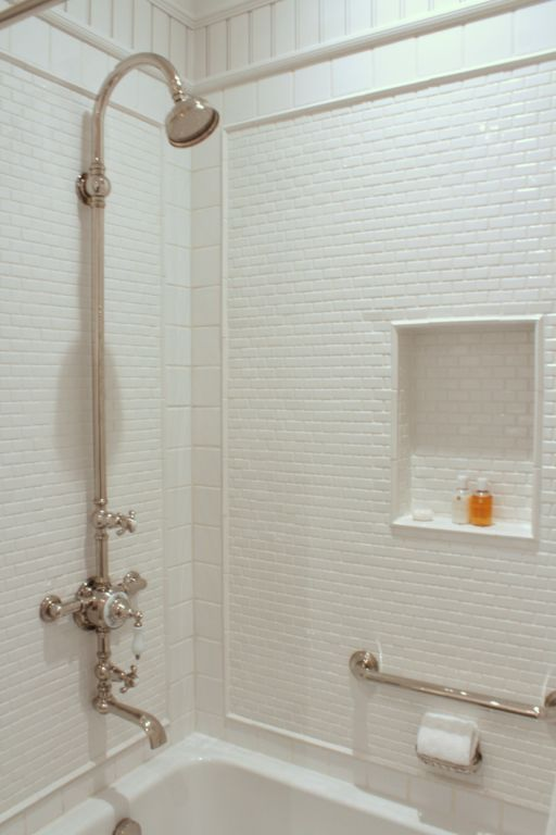 white_shower_tile_2