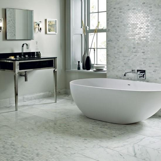 white_sparkle_bathroom_floor_tiles_19