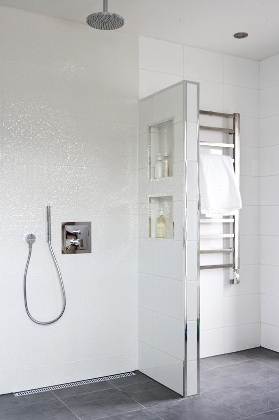 white_sparkle_bathroom_tiles_24