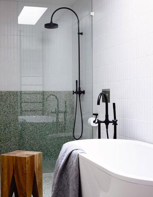 white_stone_bathroom_tiles_23