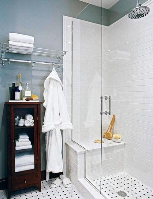 white_subway_tile_in_shower_1