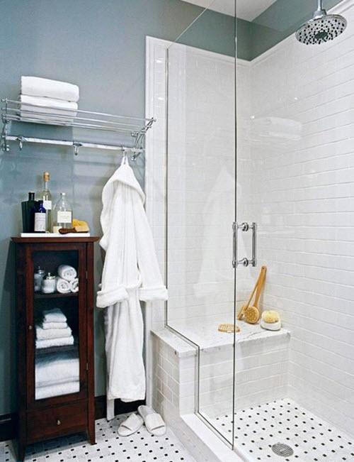 white_subway_tile_in_shower_1