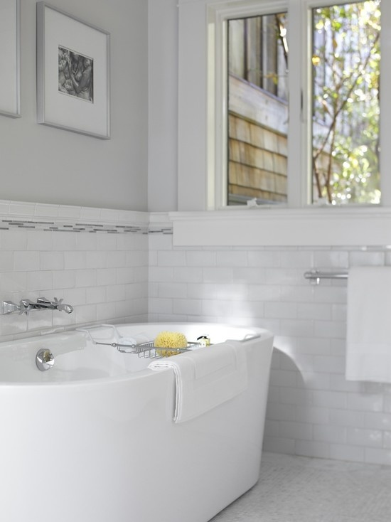 white_subway_tile_tub_surround_17