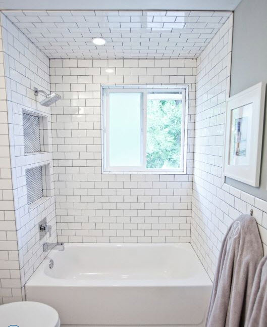 Ordinaire White_subway_tile_tub_surround_2. White_subway_tile_tub_surround_3