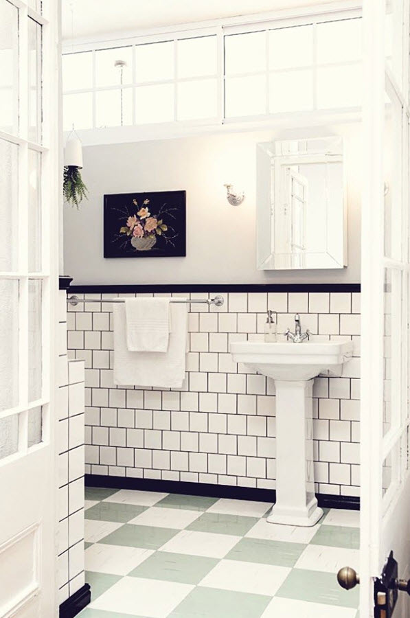 white_victorian_bathroom_tiles_32