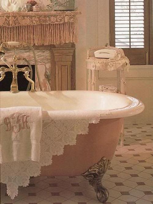 white_victorian_bathroom_tiles_36
