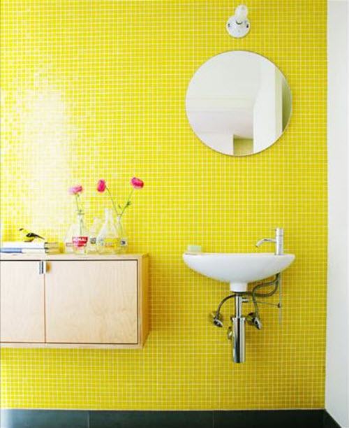 yellow_and_white_bathroom_tiles_1