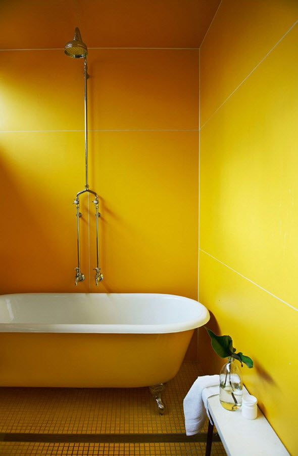 yellow_and_white_bathroom_tiles_13