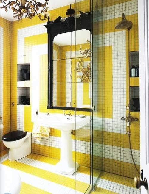 yellow_and_white_bathroom_tiles_17