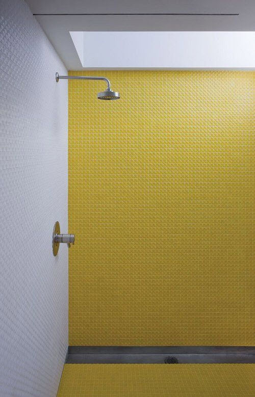 yellow_and_white_bathroom_tiles_20