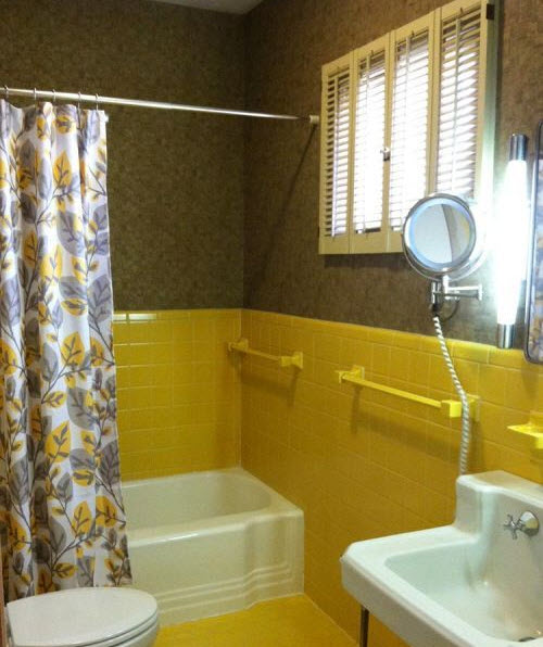 yellow_bathroom_floor_tile_30