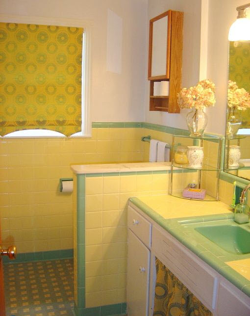yellow_bathroom_tile_27