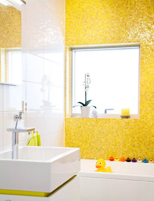yellow_bathroom_tile_30