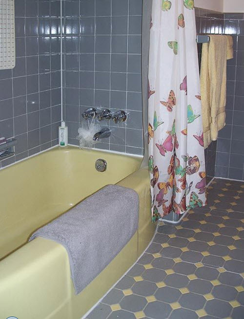 yellow_bathroom_tile_36