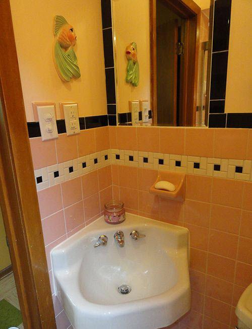 1950s_pink_bathroom_tile_25