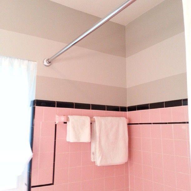 1950s_pink_bathroom_tile_3