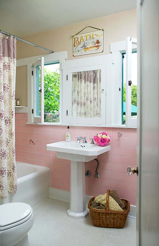 4x4_pink_bathroom_tile_12