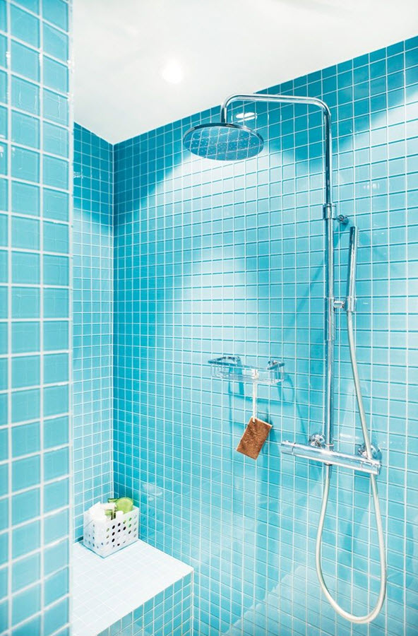 aqua_blue_bathroom_tile_37