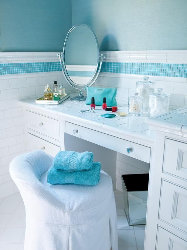 aqua_blue_bathroom_tile_40