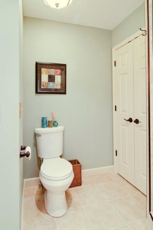 beige_bathroom_floor_tiles_35